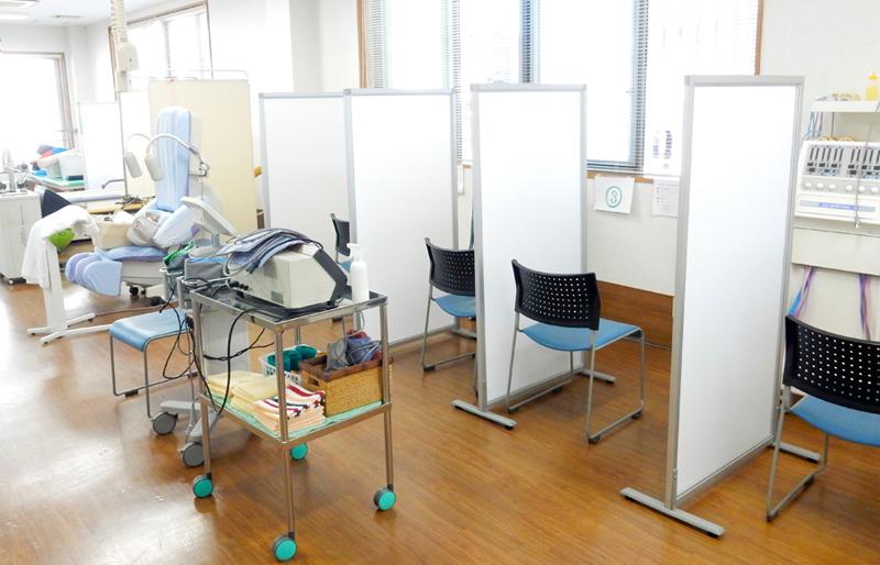 井上整形外科クリニックコロナ対策リハビリルーム