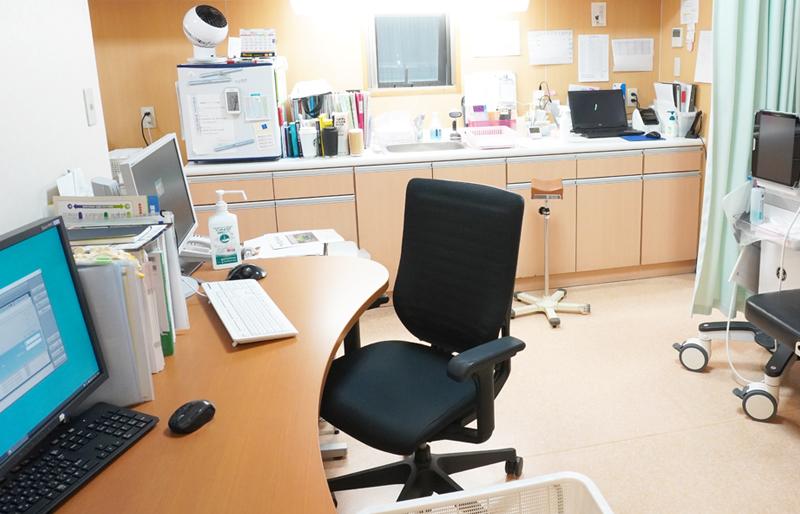井上整形外科クリニック診察室